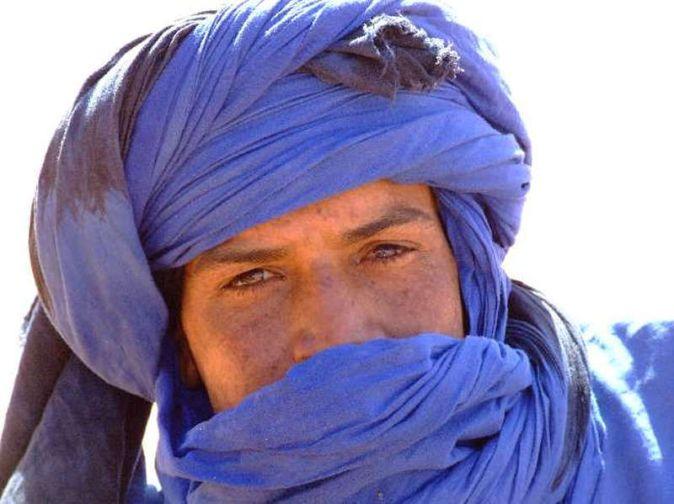 Image result for berberi con gli occhi azzurri grandi